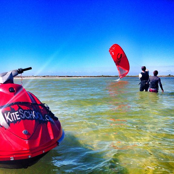 Kiteboarding lesson on how to relaunch a kite with jetski support in Clearwater Tampa.